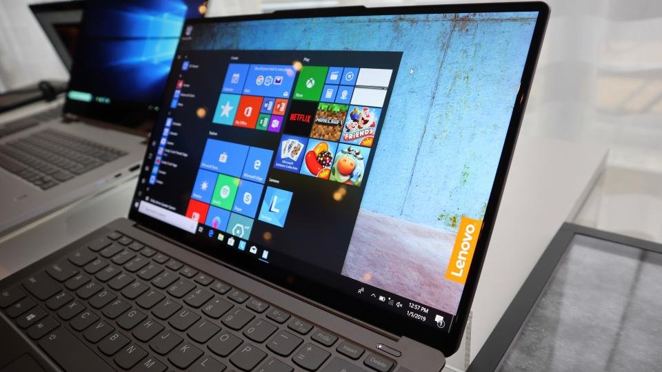 Lenovo Yoga S940 Hands On Review An Iron Grey Beauty Designed To Turn Heads Expert Reviews