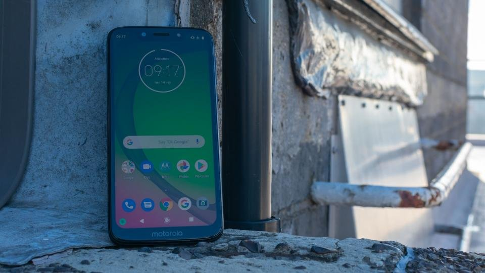 Motorola Moto G7 Play review: Motorola's cheap and (almost
