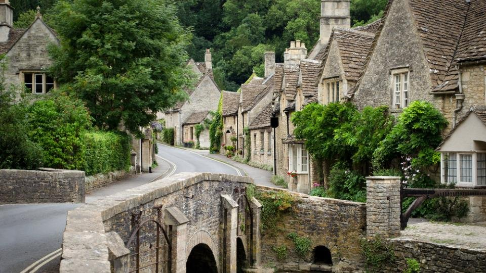 Best Weekend Getaways From London From Cambridgeshire To