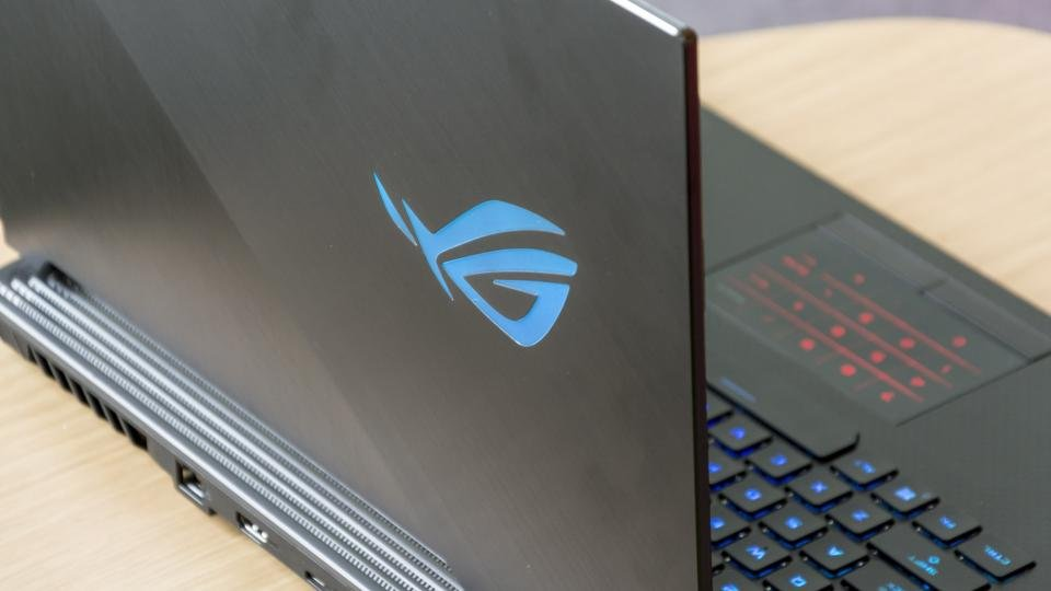Asus ROG Strix Scar III review: Gaming greatness at 240Hz | Expert