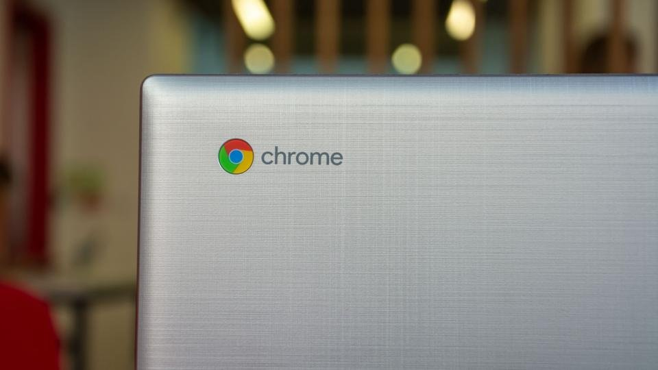 Chrome OS users accidentally receive software end-of-life