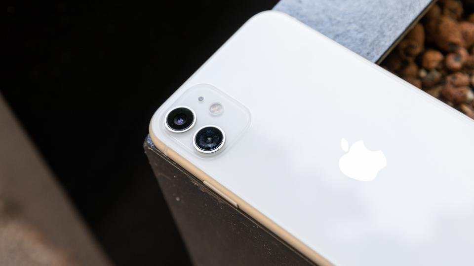 Best Black Friday Ee Deals Nab An Iphone 11 Pro For A