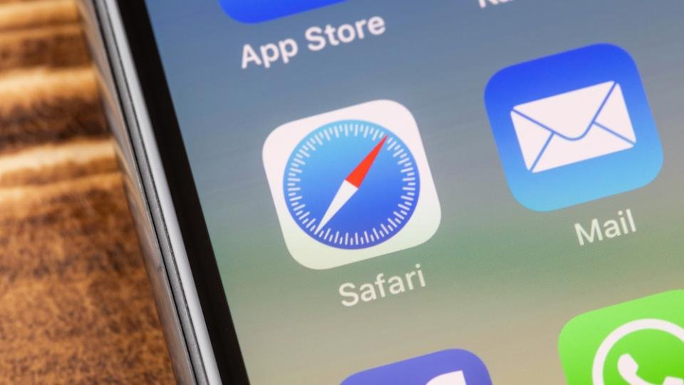 Google warns Apple about flaw in the Safari browser that could have