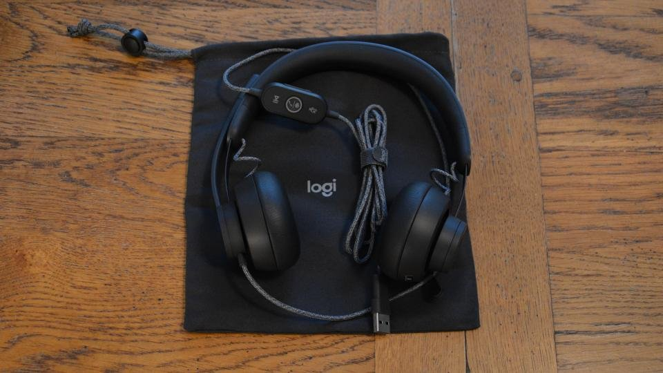 Logitech Zone Wired Review An Elegant And Comfortable Communications Solution Expert Reviews