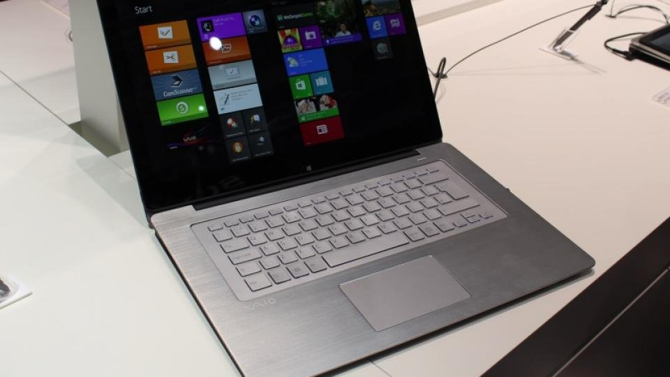Sony VAIO flip review - hands on | Expert Reviews