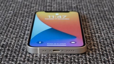 apple_iphone_12_mini_review_11.jpg?itok=7G_WwANB